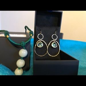 Jewelry - dangling earrings FREE for a 20$ purchase